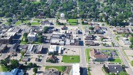 City allows retail sales in I-L districts