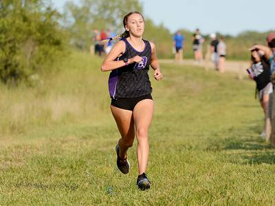 Baxter's Tuhn runs to win at West Marshall