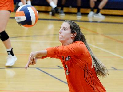 C-M volleyball cruises past L-S