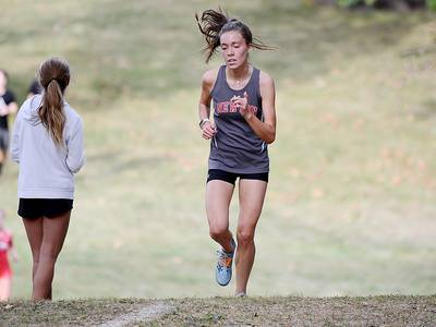 Shannon leads Cardinal girls to fourth at Maytag Park